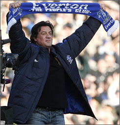 stallone supports Everton