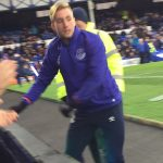 Deulofeu checking on young fan