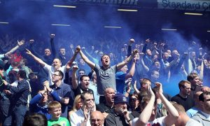 everton-fans-at-anfield